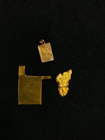 1 lot de débris d'or 22K. Pb.: 10.6 grs