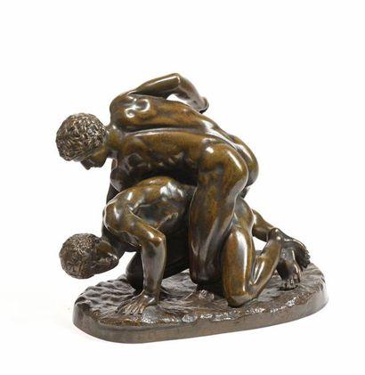 25 Les lutteurs, d'après l'antique. Bronze...