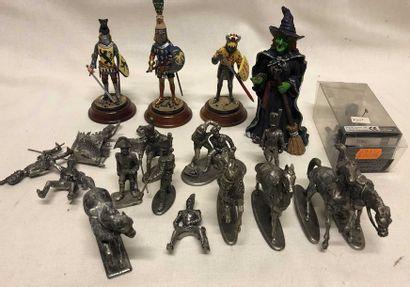 Lot de figurines modernes dont MHSP 1er Empire....