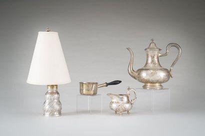 Pied de lampe en argent (800/ 1000e) à décor...