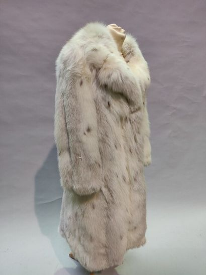 *ARONAUD  Manteau en Renard blanc lustré...