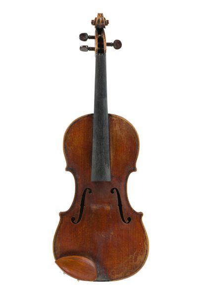 Très intéressant violon travail français...
