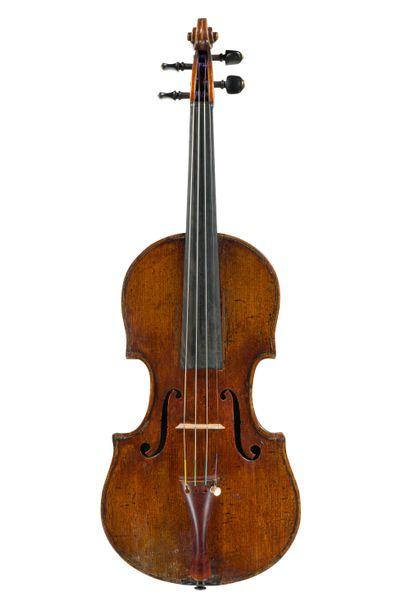Joli violon du nord de l'Italie milieu 19ème....