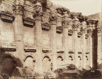 Félix BONFILS (1831-1885)  Intérieur du temple...