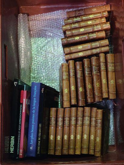 Lot de livres reliés : moderne.