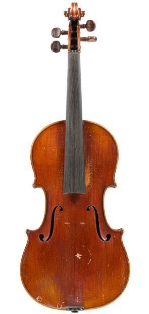 Violon fait par Louis Delignon à Beaudricourt...