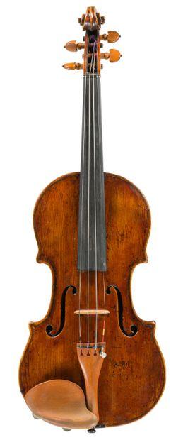 Très intéressant violon fait par Vincenzo...