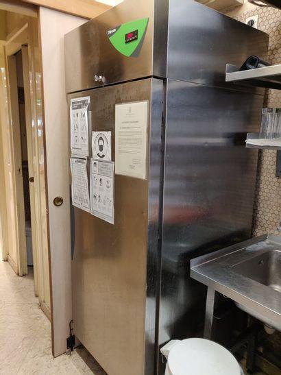Grand réfrigérateur THIRODE  178 x 72 x 81...