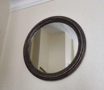Miroir circulaire en résine patiné argent...