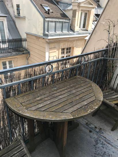 Lot de mobilier de jardin: tables et chaises...