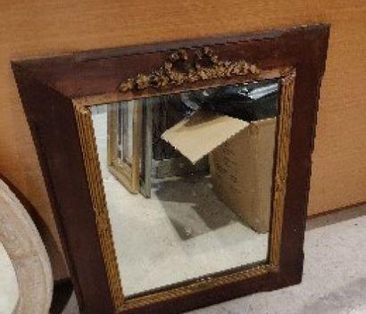 Miroir rectangulaire en bois et bois doré...