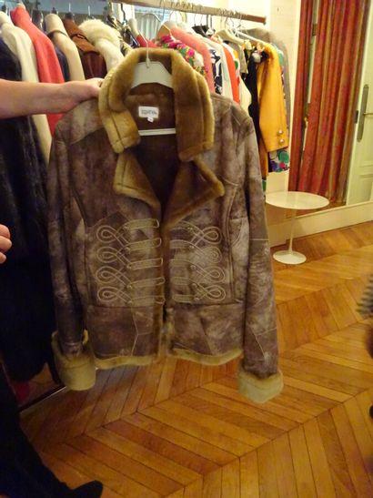 TOGETHER: veste en croute de cuir, doublée...