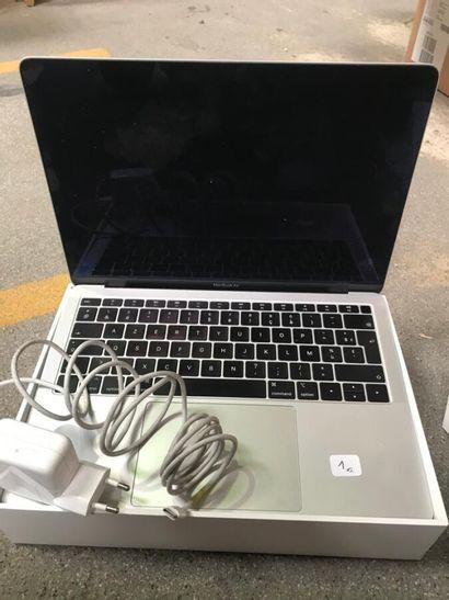 *1 Mac Pro Book air 13 pouces (8 go) avec...