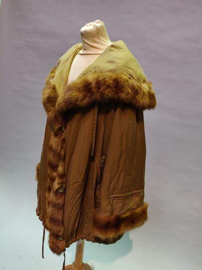 Lot de 5 vêtements:  *Jean-Louis SCHERRER,...