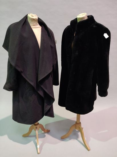 Lot de 10 vêtements:  7/8 en Mouton noir,...