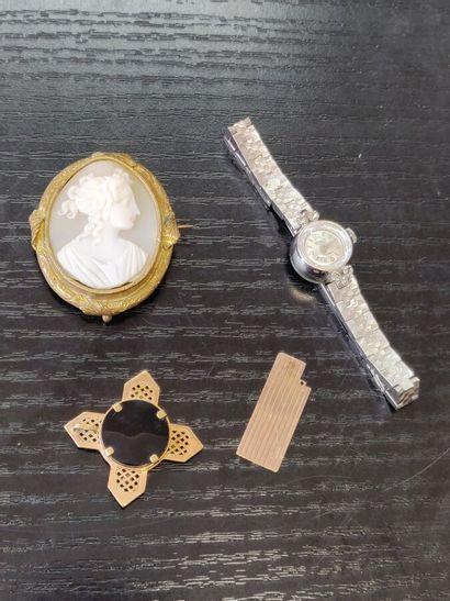 Lot de bijoux fantaisie avec montre de dame,...