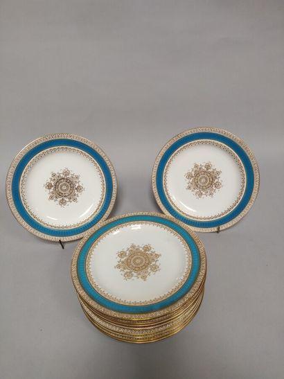 WEDGWOOD  12 assiettes à décor de fleurs, bordures bleu turquoise et or