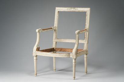 Bois de fauteuil en hêtre laqué crème et...