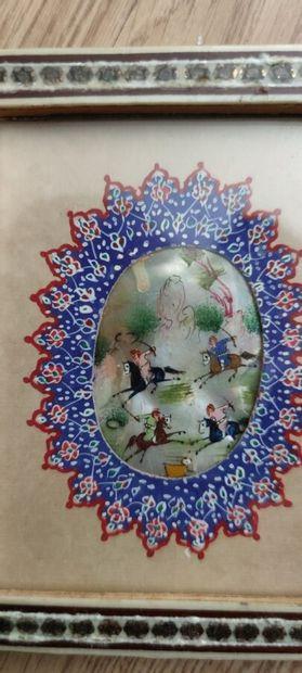 Miniature ovale sur nacre «Cavalier».  5...