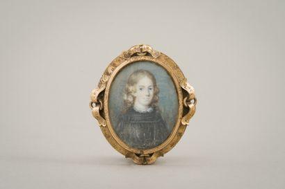 178. Miniature ovale  Portrait de jeune homme...