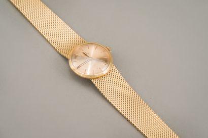 113. Bracelet montre de forme ronde, bracelet...