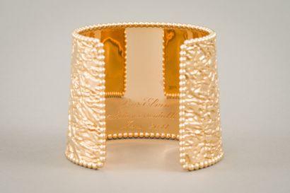 129. VAN CLEEF & ARPELS :  Bracelet manchette...