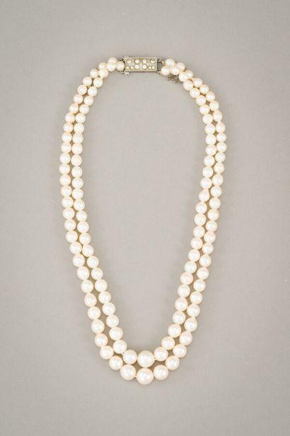 141. Collier double rang de perles de culture...