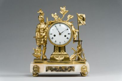 200. Pendule à poser en bronze redoré, représentant...
