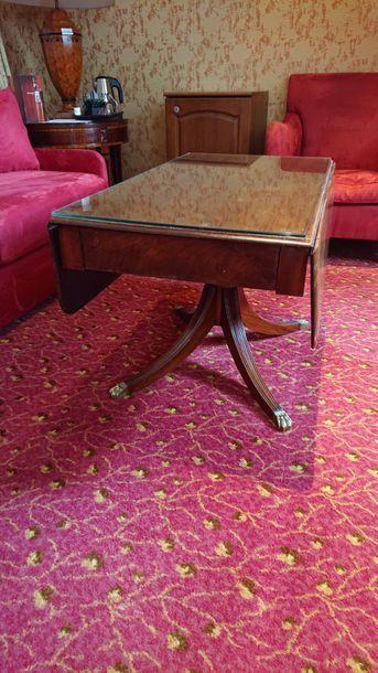 Table basse à volets en bois teinté, piètement...