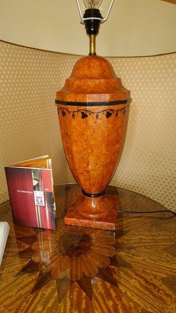Lampe en céramique style loupe. H: 53 c...