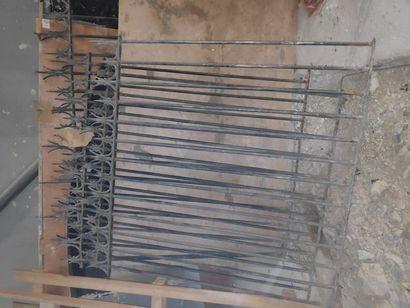 Lot de 3 barrières en métal (en l'état)