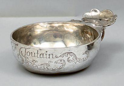 Tasse à vin en argent uni marqué «F. Foutain»...