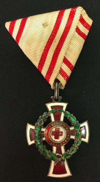 Autriche -Médaille d'honneur de la Croix-...