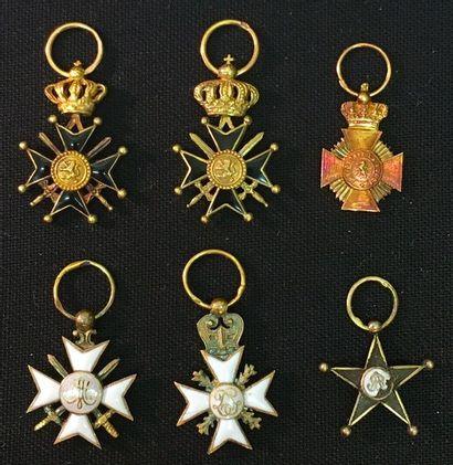 Belgique - Lot de six miniatures: deux Croix...