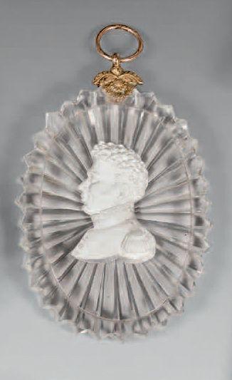 Médaillon pendentif ovale en cristal (de...