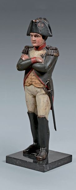 L'Empereur Napoléon Ier en pied, en uniforme des chasseurs à cheval de la Garde...