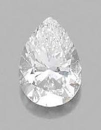 Diamant de forme poire sur papier accompagné:...