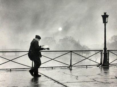 Edith Gérin (1910-1997) Pont des Arts, Paris, vers 1960 Épreuve argentique (vers...