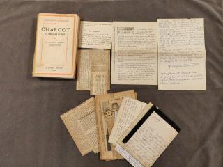 CHARCOT (Jean-Baptiste) 5 missives à madame de Mallevoüe. 1929-[1934] et s.d. 3 lettres...
