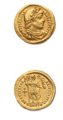 Solidus. Antioche (364). 4,43 g. Son buste diadémé, drapé et cuirassé à droite....