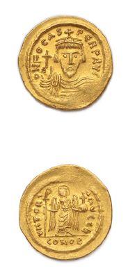 PHOCAS (602-610) Solidus. Constantinople. 4,46 g. Son buste couronné de face. R/...