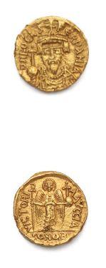 Solidus. Carthage. 4,52 g. Son buste couronné...
