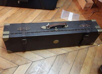 Boîte de transport pour deux fusils de chasse...