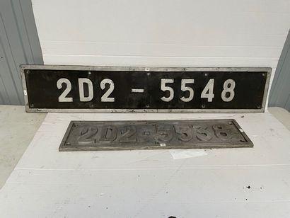 Deux plaques en fonte de motrice 2 D 2 5538...