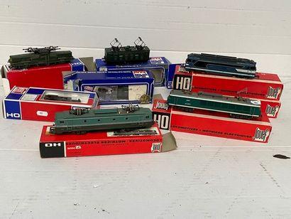 JOUEF: motrices et locomotives dont, 140...