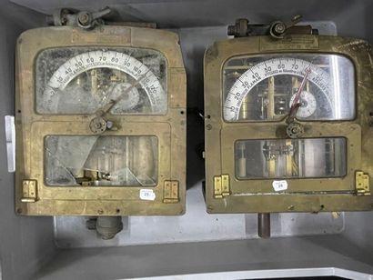 Deux enregistreurs FLAMAN «Atelier de Vaucanson»...