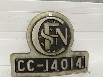 Deux plaques en fonte frontale CC 14014 et...