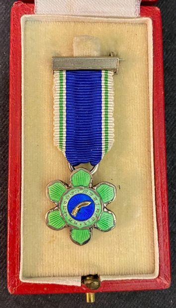 Népal - Ordre de Tri Shakti Patta (des trois...