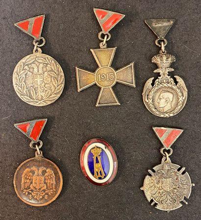 Serbie - Lot de six : cinq copies de médailles...