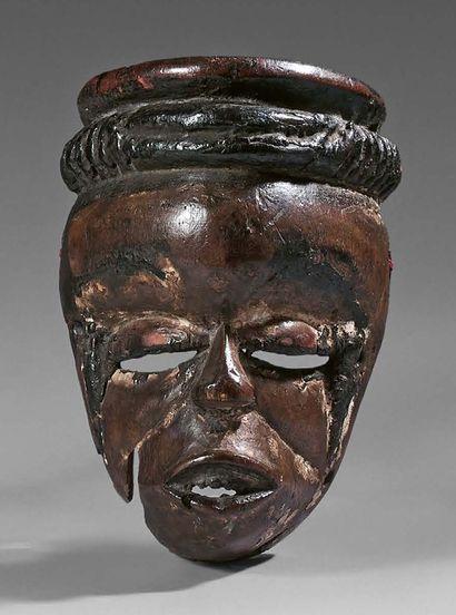 Masque elu Ogoni, Nigeria. Bois à patine...